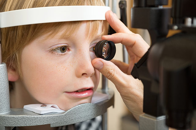 child-first-eye-checkup